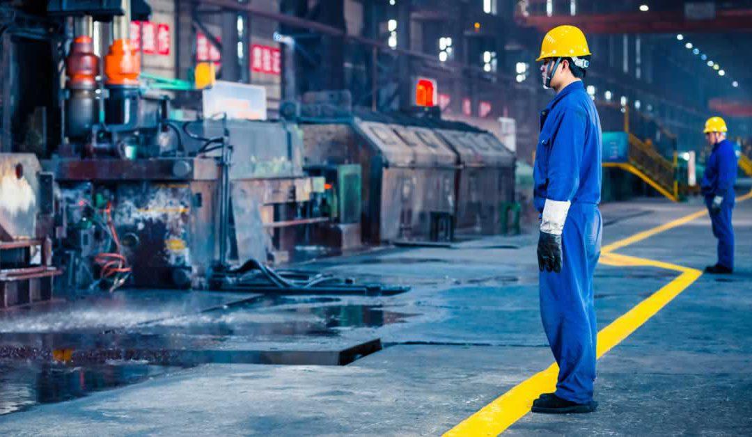 Redução de mão-de-obra por meio de linhas de produção automatizadas